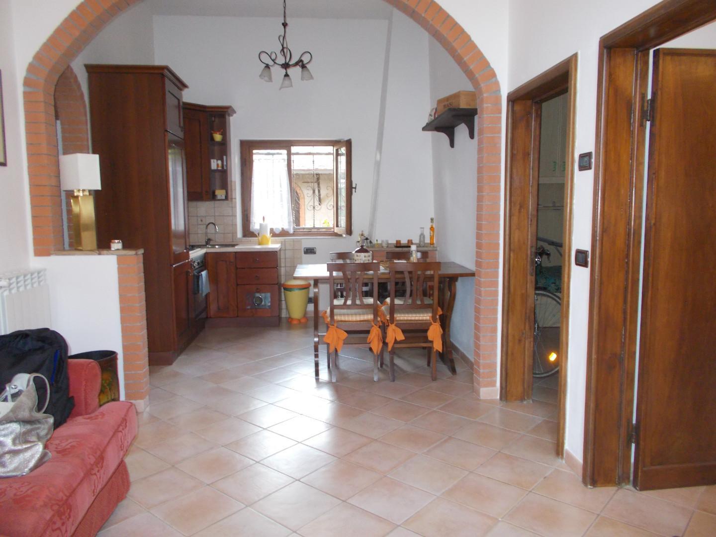 Appartamento in affitto a Casciana Terme Lari, 4 locali, prezzo € 530   CambioCasa.it