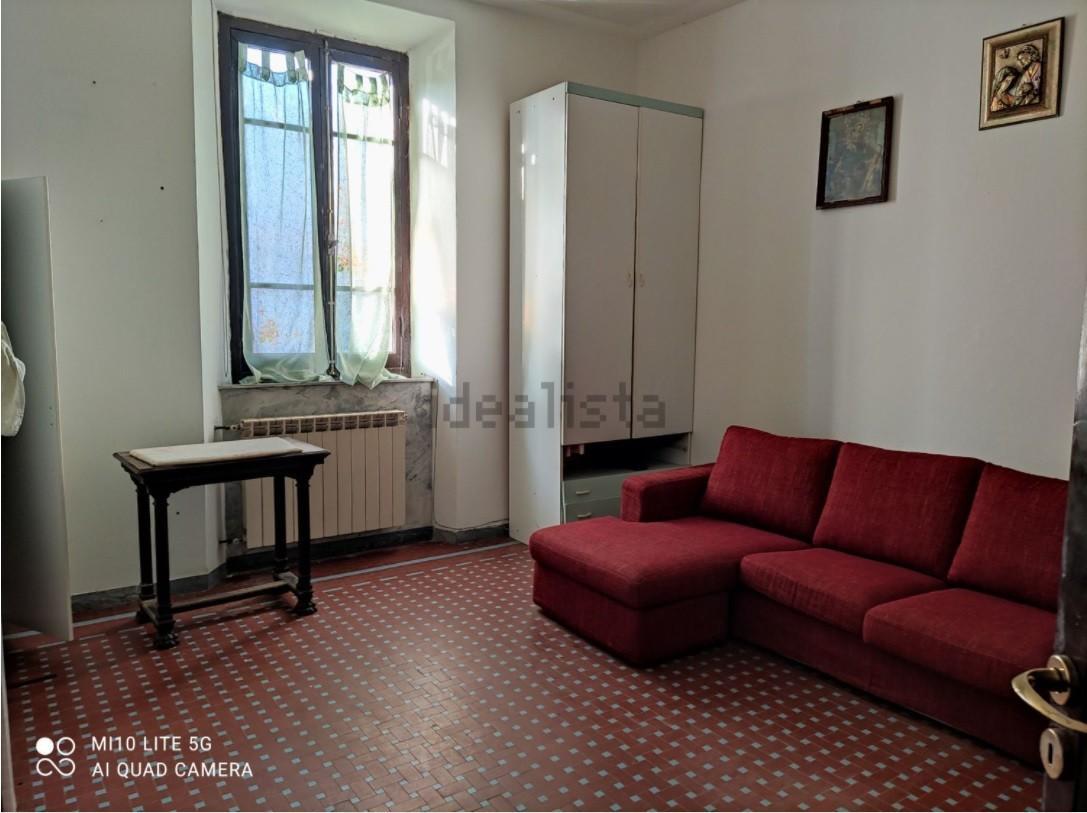 Porzione di casa in vendita a Carrara