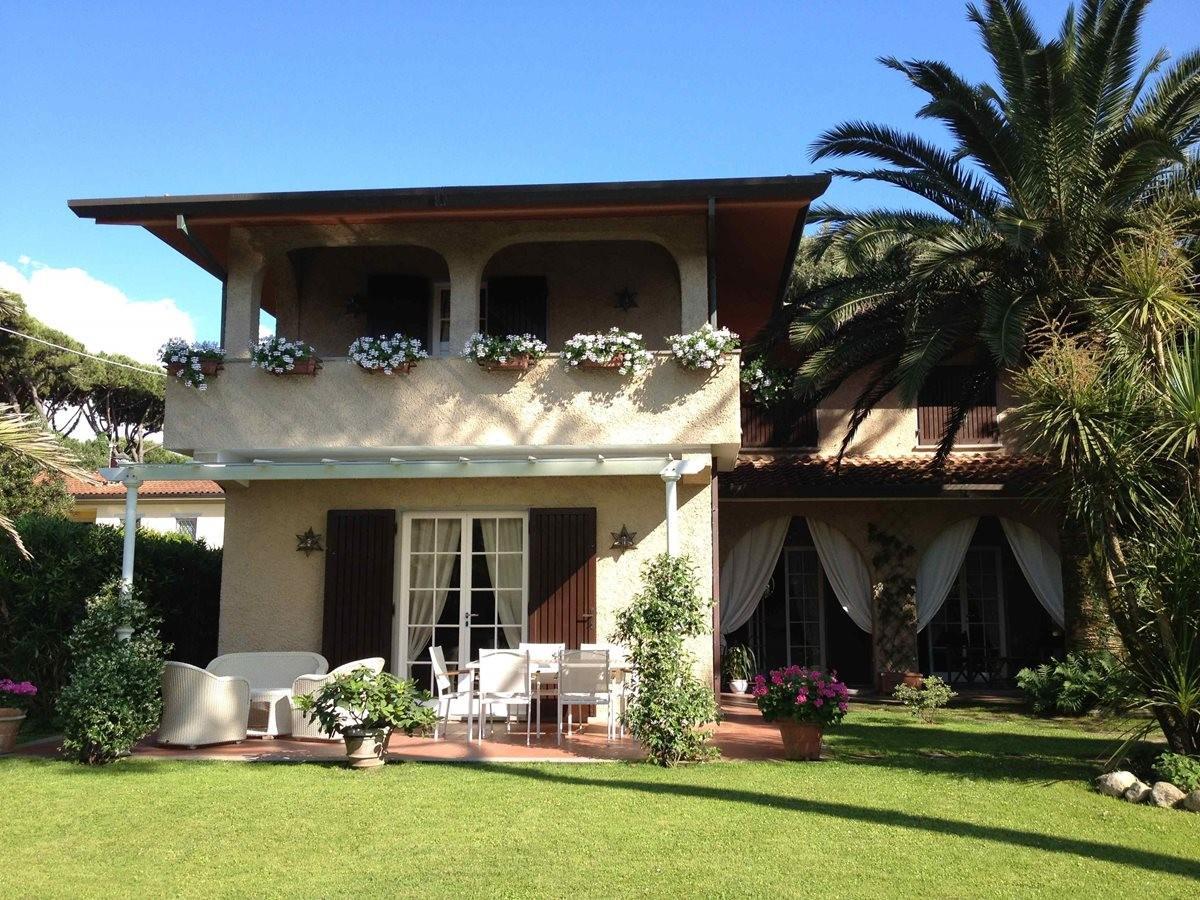 Villa singola in affitto vacanze a Vittoria Apuana, Forte dei Marmi (LU)