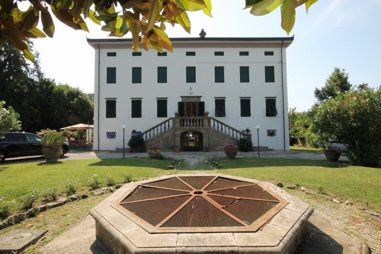 Casa semindipendente in vendita a Capannori (LU)