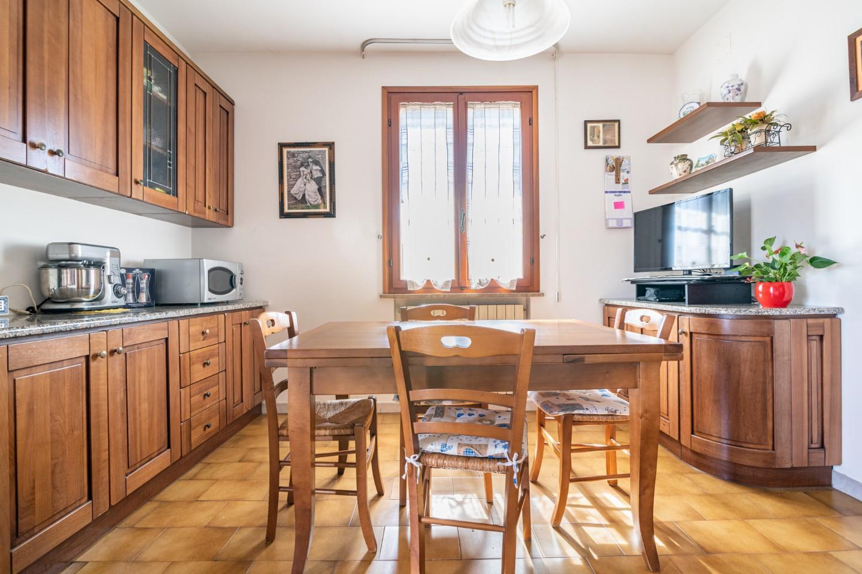 Appartamento in vendita, rif. 7093