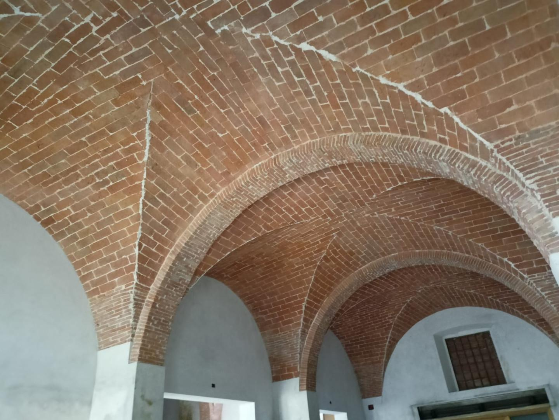 Edificio storico in vendita a Cascina