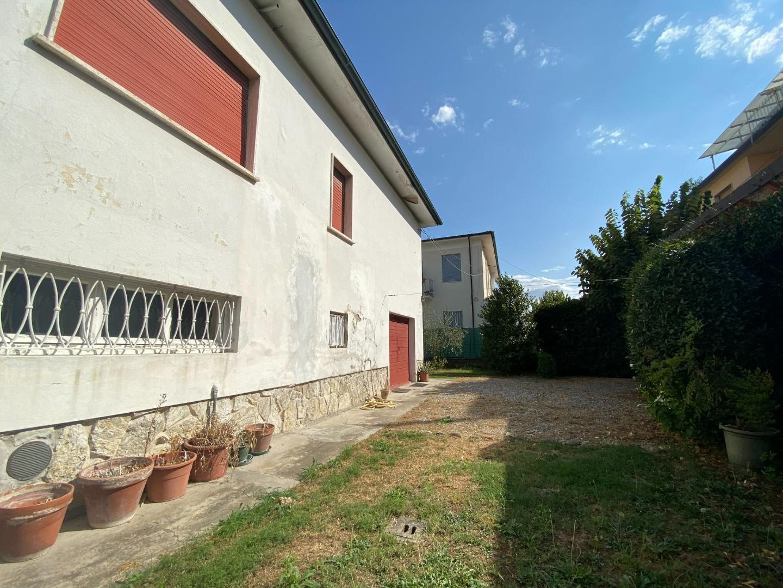Villa singola in vendita, rif. 02526