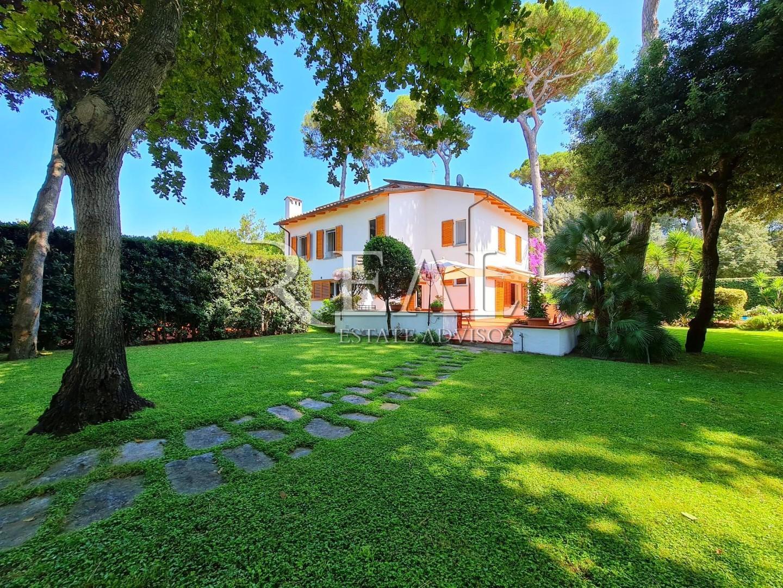 Villa singola in vendita a Roma Imperiale, Forte dei Marmi (LU)