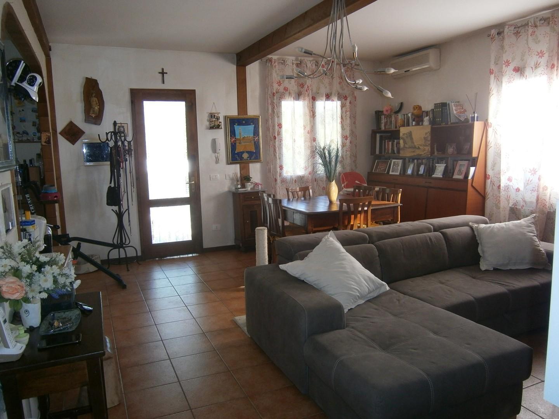 Casa singola in vendita a Asciano (SI)