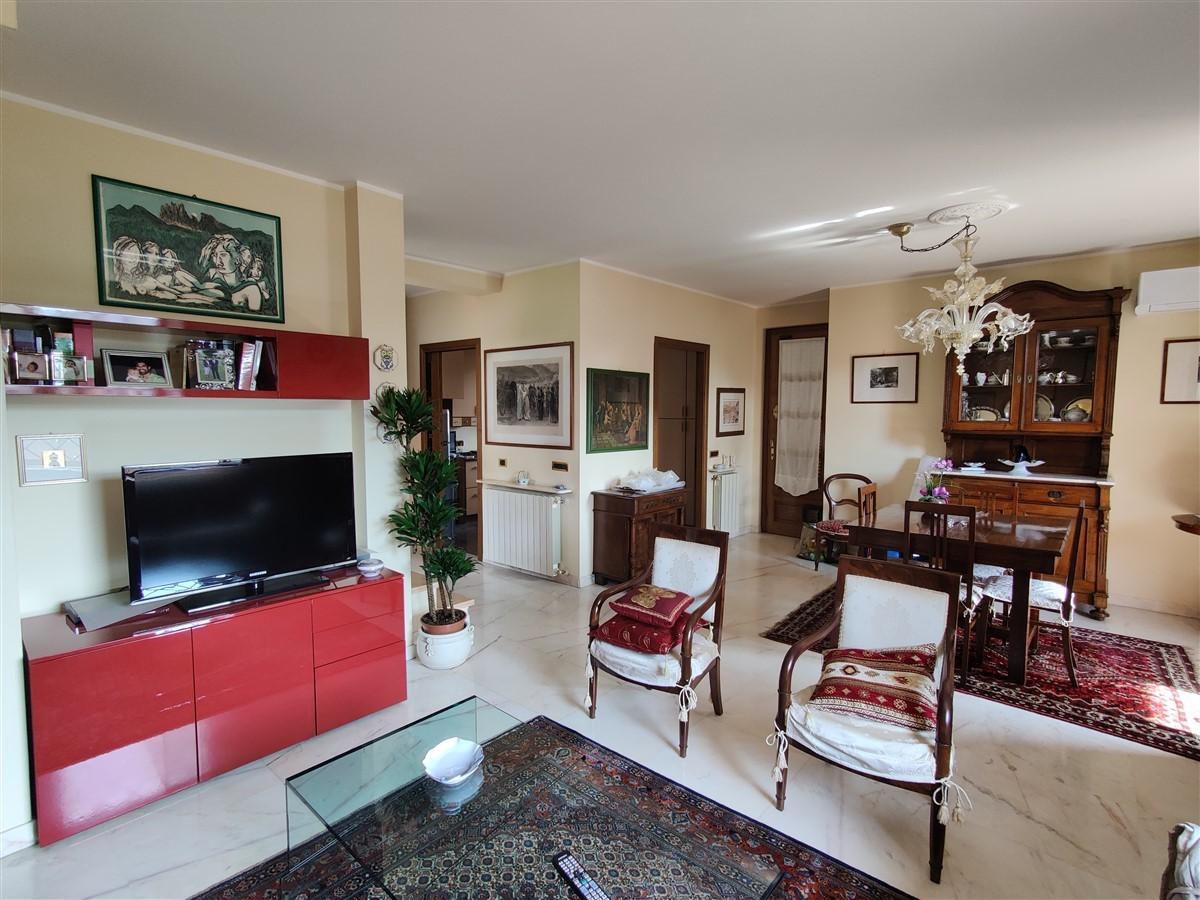 Villetta bifamiliare in vendita, rif. 563