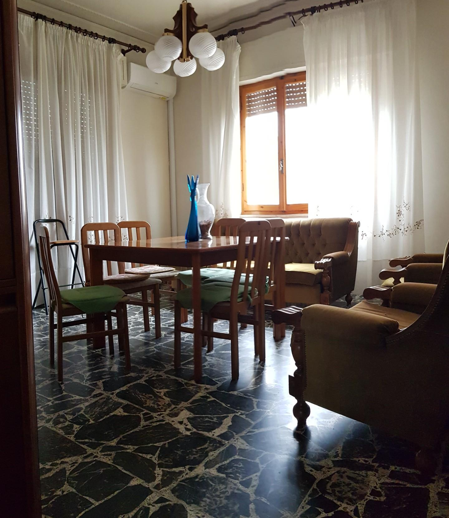 Appartamento in affitto a San Miniato, 7 locali, prezzo € 750   CambioCasa.it