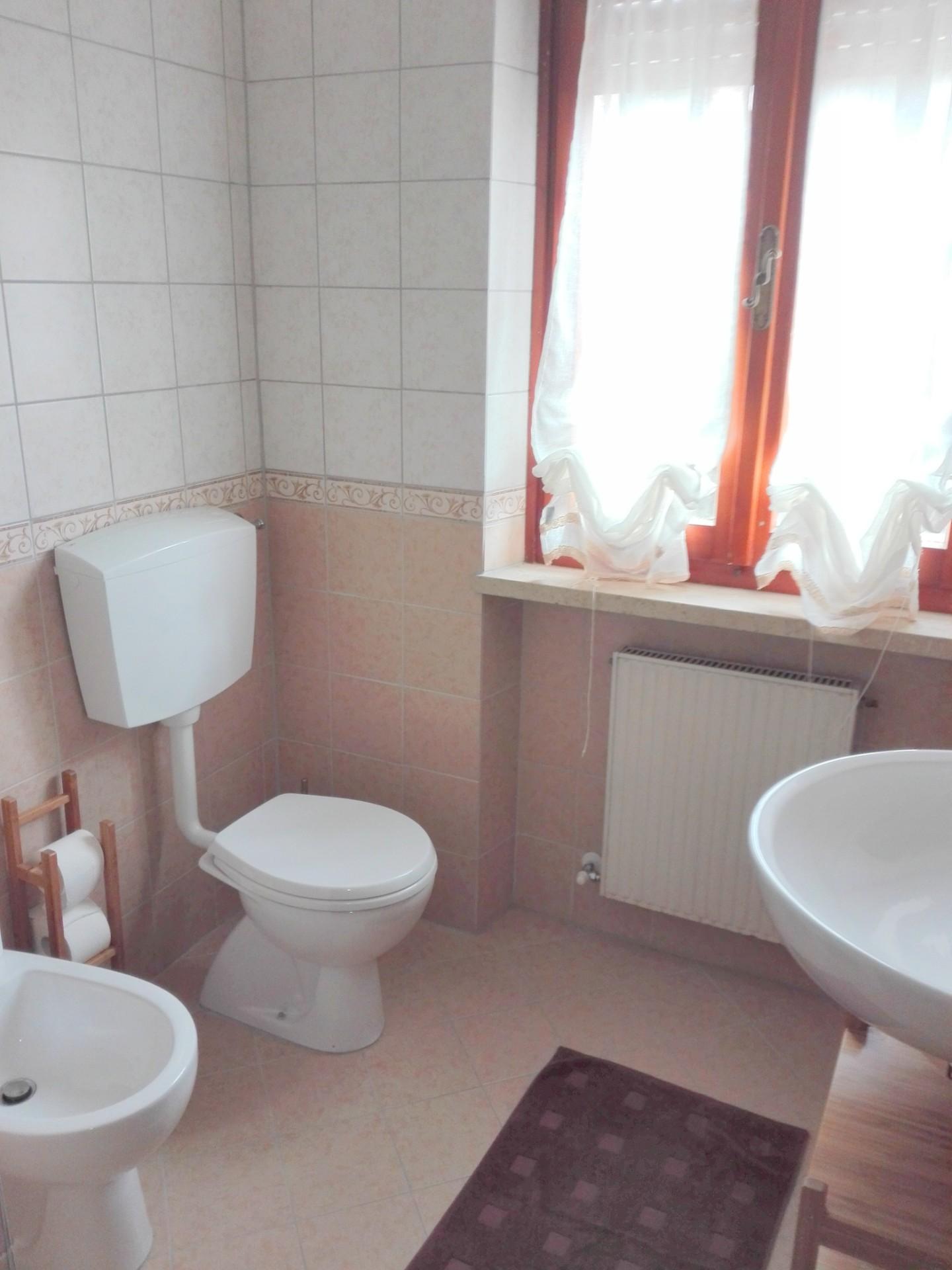 Appartamento in affitto, rif. AM002