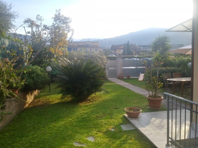 Villetta a schiera in vendita - Quercioli, Massa