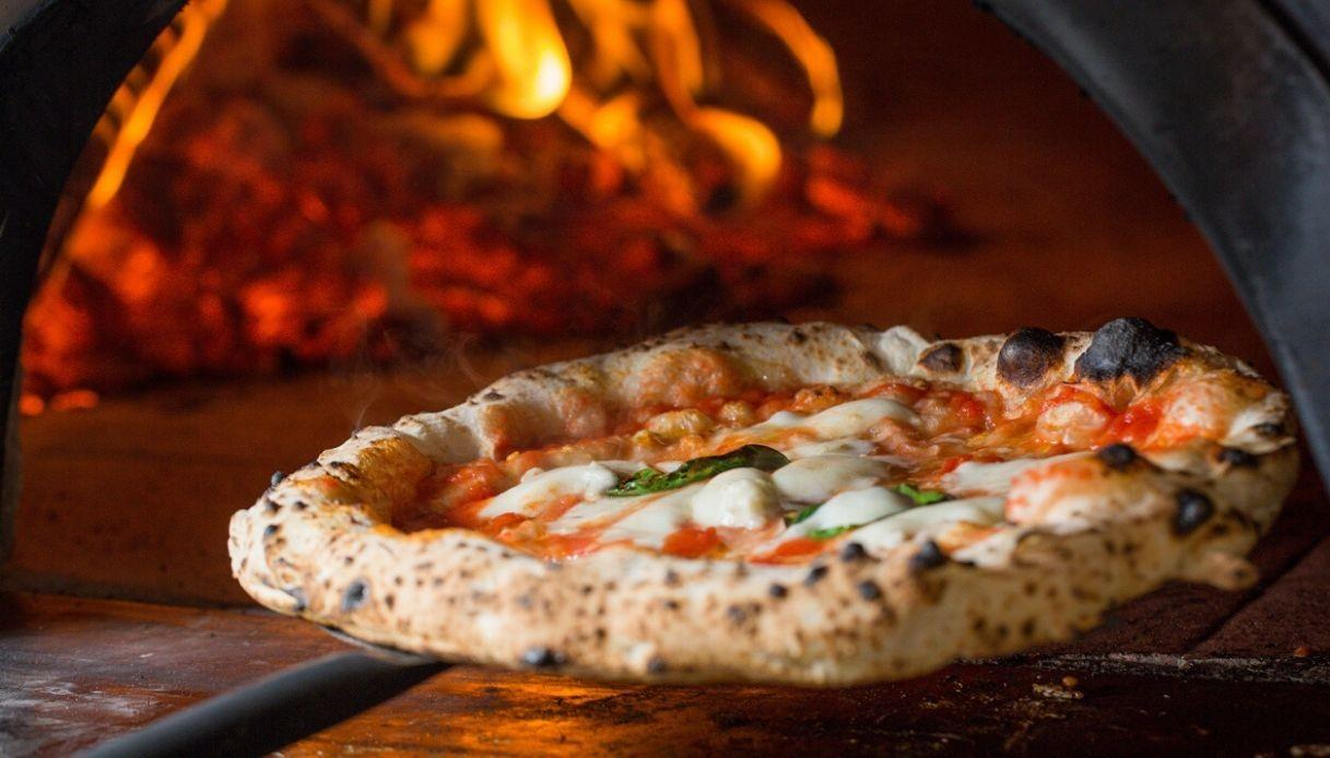 Pizzeria in vendita a Crespina Lorenzana (PI)