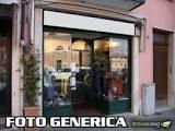 Locale comm.le/Fondo in affitto commerciale a Calci (PI)