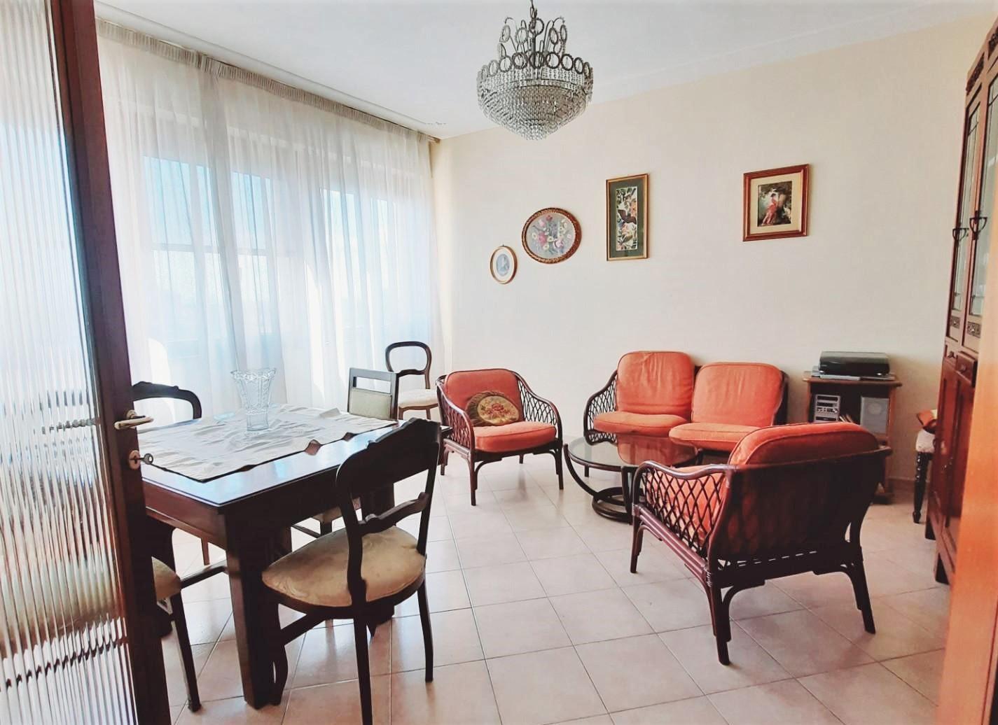 Appartamento in vendita, rif. S683