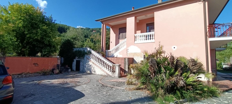 Casa singola in vendita a Aulla (MS)