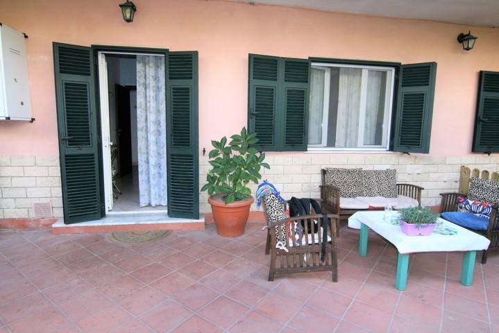 Porzione di casa in vendita a Carrara (MS)