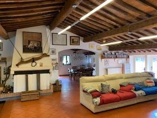 Rustico in vendita a San Giuliano Terme (PI)