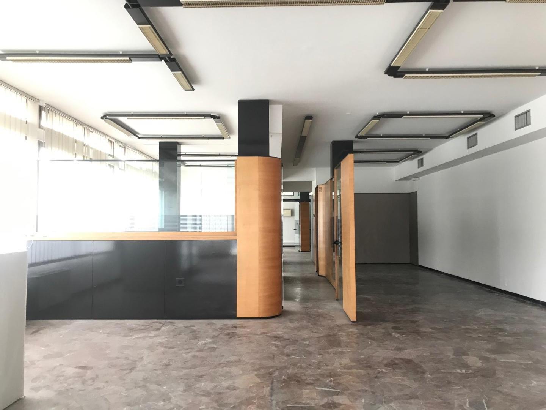 Capannone direzionale in affitto commerciale a Empoli (FI)