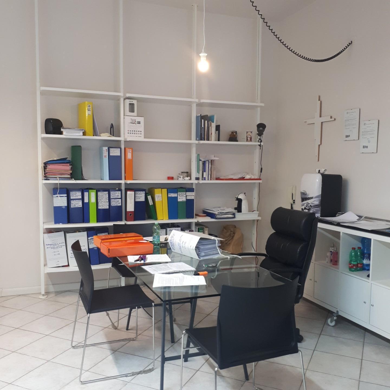 Locale comm.le/Fondo in affitto a Pisa