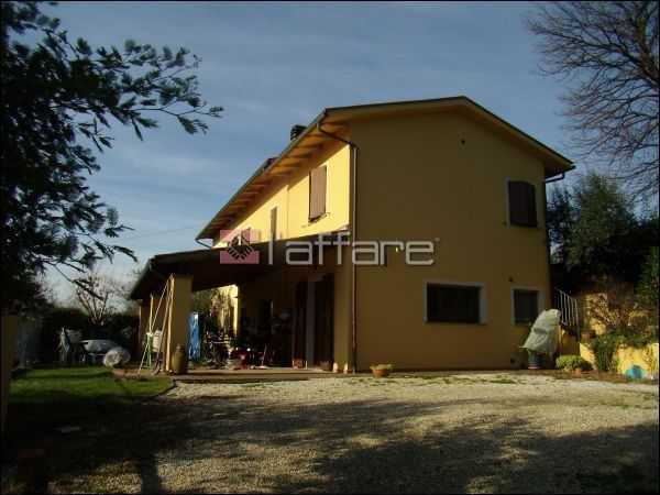Colonica in vendita - Santa Colomba, Bientina
