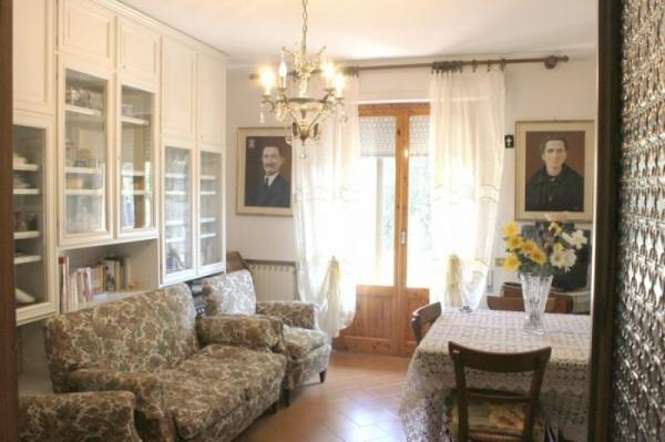 Appartamento in vendita a Monteroni d'Arbia, 5 locali, prezzo € 220.000 | CambioCasa.it