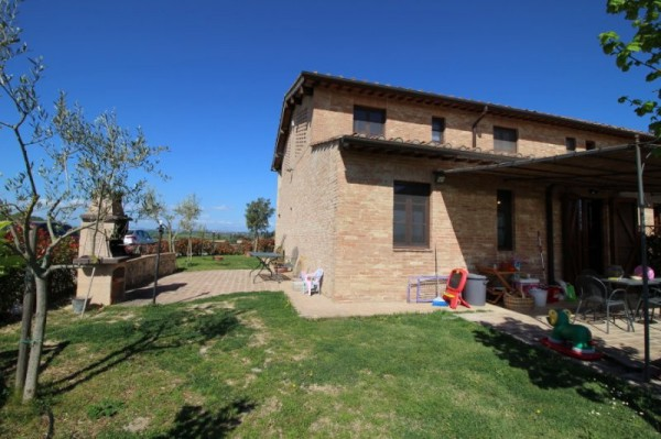 Portion of house for sale in Castelnuovo Berardenga (SI)