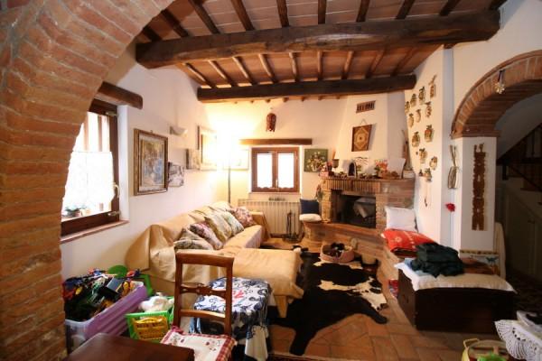 Rustico / Casale in vendita a Siena, 4 locali, prezzo € 390.000 | Cambio Casa.it