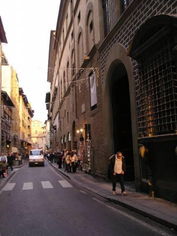 Palazzo / Stabile in vendita a Firenze, 18 locali, prezzo € 1.650.000 | CambioCasa.it