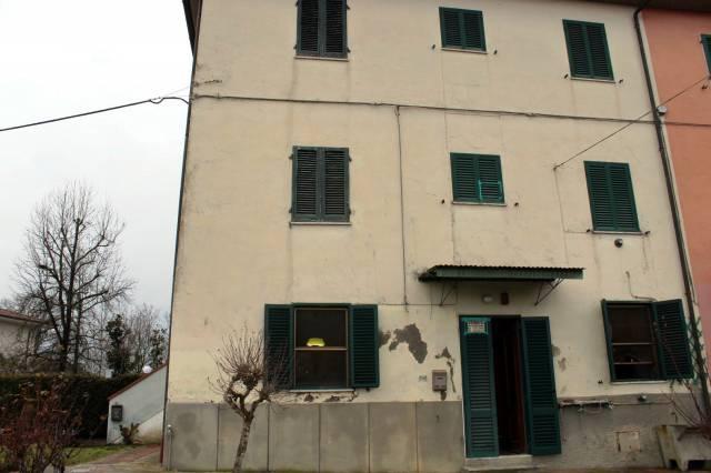 Soluzione Indipendente in vendita a Altopascio, 9999 locali, prezzo € 130.000 | CambioCasa.it