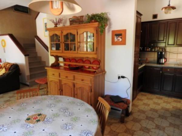 Soluzione Indipendente in vendita a Cecina, 9999 locali, prezzo € 225.000 | CambioCasa.it