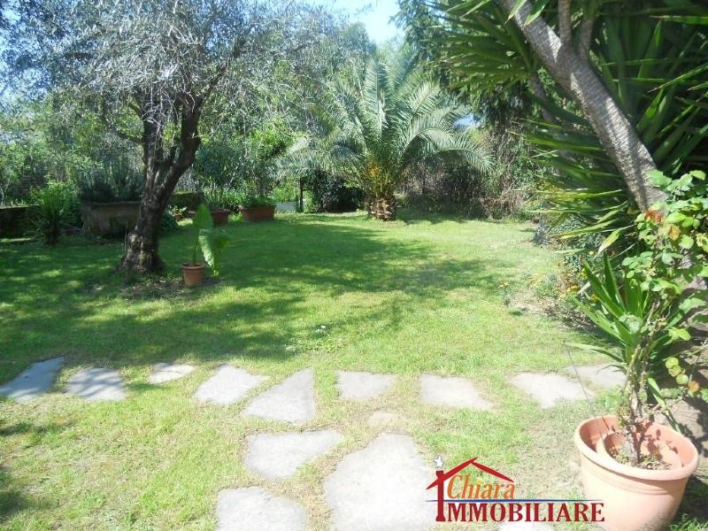 Villa singola in affitto vacanze, rif. 429