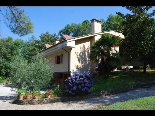 Villa in vendita a Vinci, 10 locali, prezzo € 650.000 | Cambio Casa.it