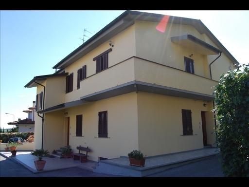 Villa in vendita a Vinci, 16 locali, prezzo € 650.000 | Cambio Casa.it