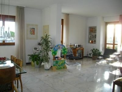 Appartamento in vendita a Pisa, 6 locali, prezzo € 460.000 | CambioCasa.it