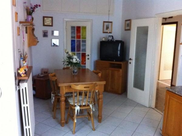 Appartamento in vendita a Livorno, 4 locali, prezzo € 155.000 | CambioCasa.it