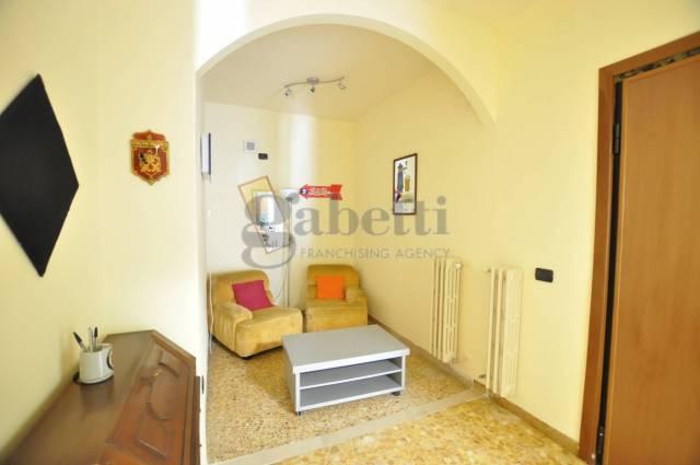 Appartamento in affitto, rif. L126