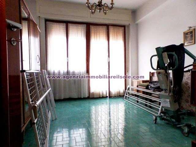 Apartment for sale in Massa