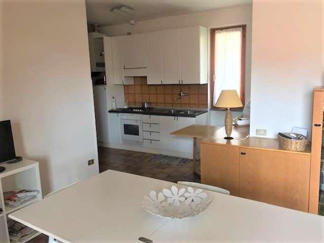 Appartamento in vendita, rif. R798