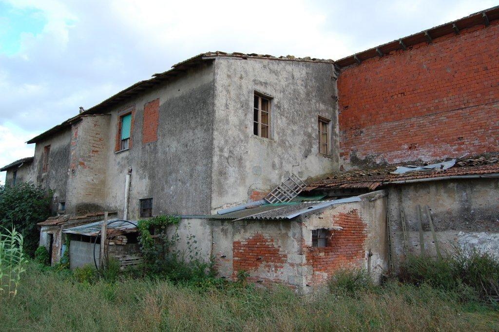 Rustico in vendita a Calcinaia (PI)