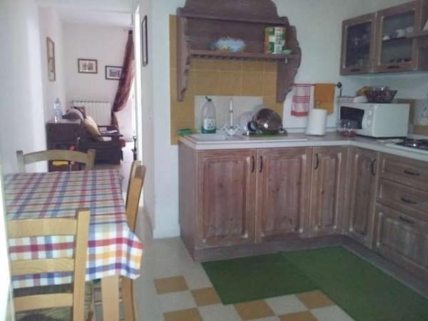 Soluzione Indipendente in vendita a Carrara, 9999 locali, prezzo € 225.000 | Cambio Casa.it