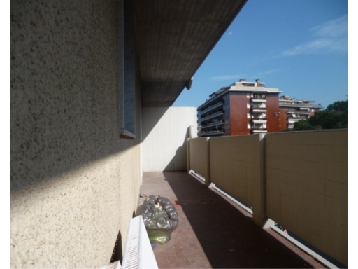 Appartamento in Affitto a Carrara