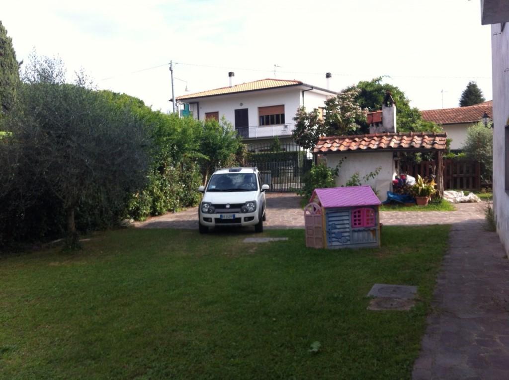 Foto 10/17 per rif. 01249