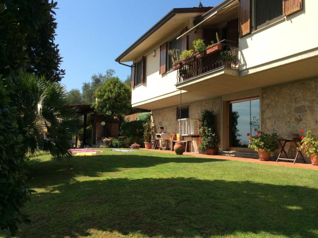 Villa singola a Massarosa (2/5)