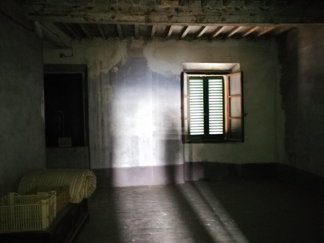 Stabile/Palazzo a Monterotondo Marittimo (3/5)
