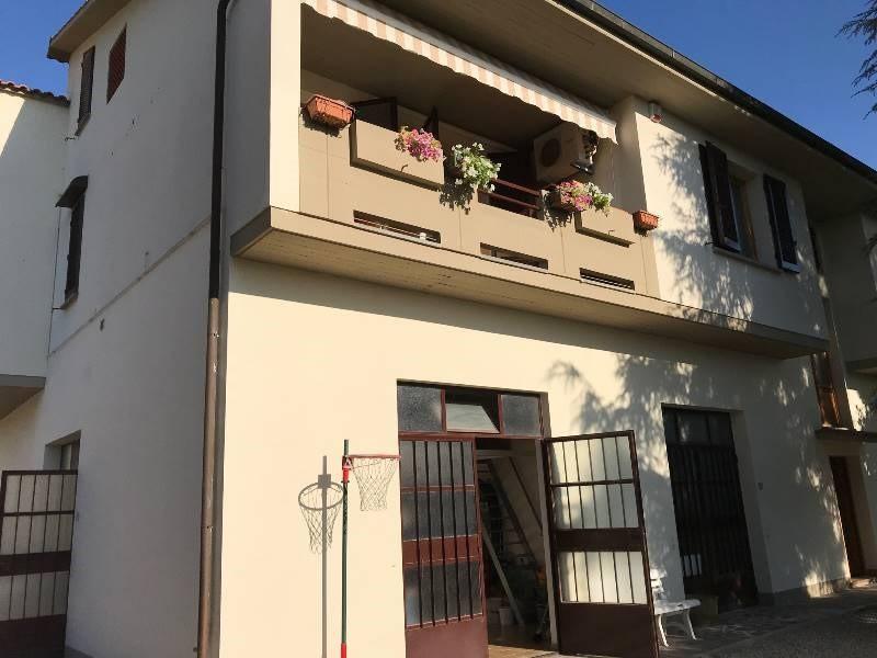Appartamento a Gambassi Terme (2/5)