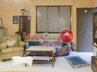 Appartamento a Lucca (3/5)