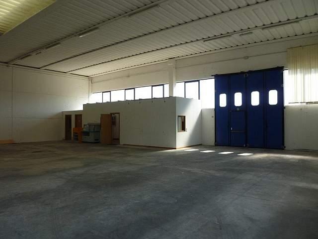 Capannone industriale in vendita a Calcinaia (PI)