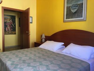 Foto 10/23 per rif. Hotel Ristorante (SI)