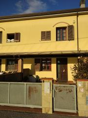 Villetta a schiera a Cascina (2/5)