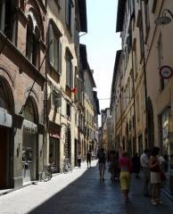 Locale comm.le/Fondo a Lucca (1/1)