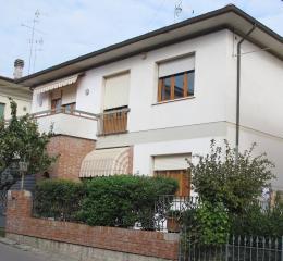 Villa singola a Empoli (1/5)