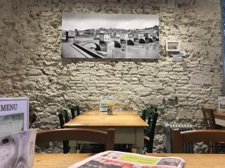 Foto 10/24 per rif. Ristorante Bar Lungarno